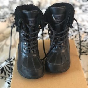 Ugg snow boots for boys